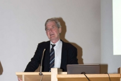 Weilheimer Glaubensfragen - Staatsministerin Emilia Müller in Weilheim